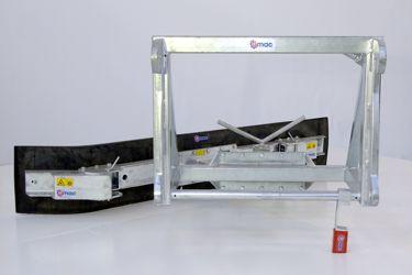 QMAC 240 MECH SCHUIN+HOEK VOLVO L50-90