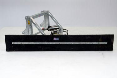 QMAC 300 HYDR SCHUIN SCHAEF 823-834