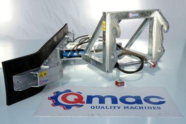 QMAC 210 HYDR SCHUIN + HOEK JCB QUICK HI