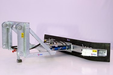 QMAC 240 HYDR SCHUIN+HOEK SCHAEF 833-843